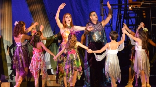 A ROCKIN' MIDSUMMER NIGHT'S DREAM, Photo by Producer VAN DEAN